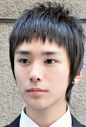 鹅蛋脸最适合什么发型720101127椭圆形脸适合什么发型1042010图片